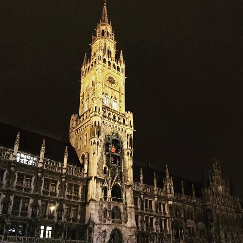 ミュンヘンに当着。マイナス7度の極寒