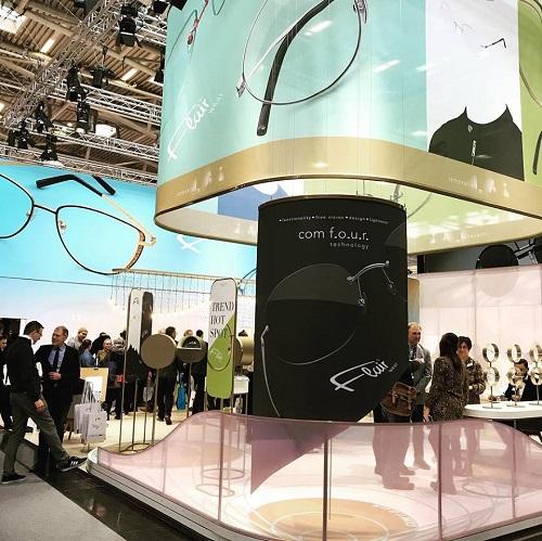 ヨーロッパの展示会の中でも近年その規模がどんどん大きくなる眼鏡国際展示会optiに今年も参加しましたドイツミュンヘンで開催される展示会外はマイナス7度の寒さの中たくさんの来場者で賑わいました